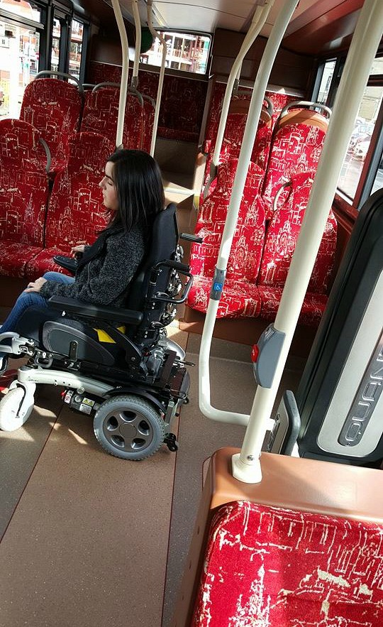 Quantum wheelchair securement on Lothian Buses