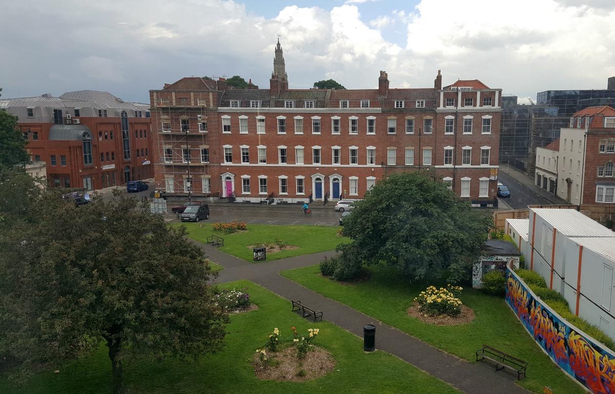 hampton by hilton bristol city centre brunswick square parking