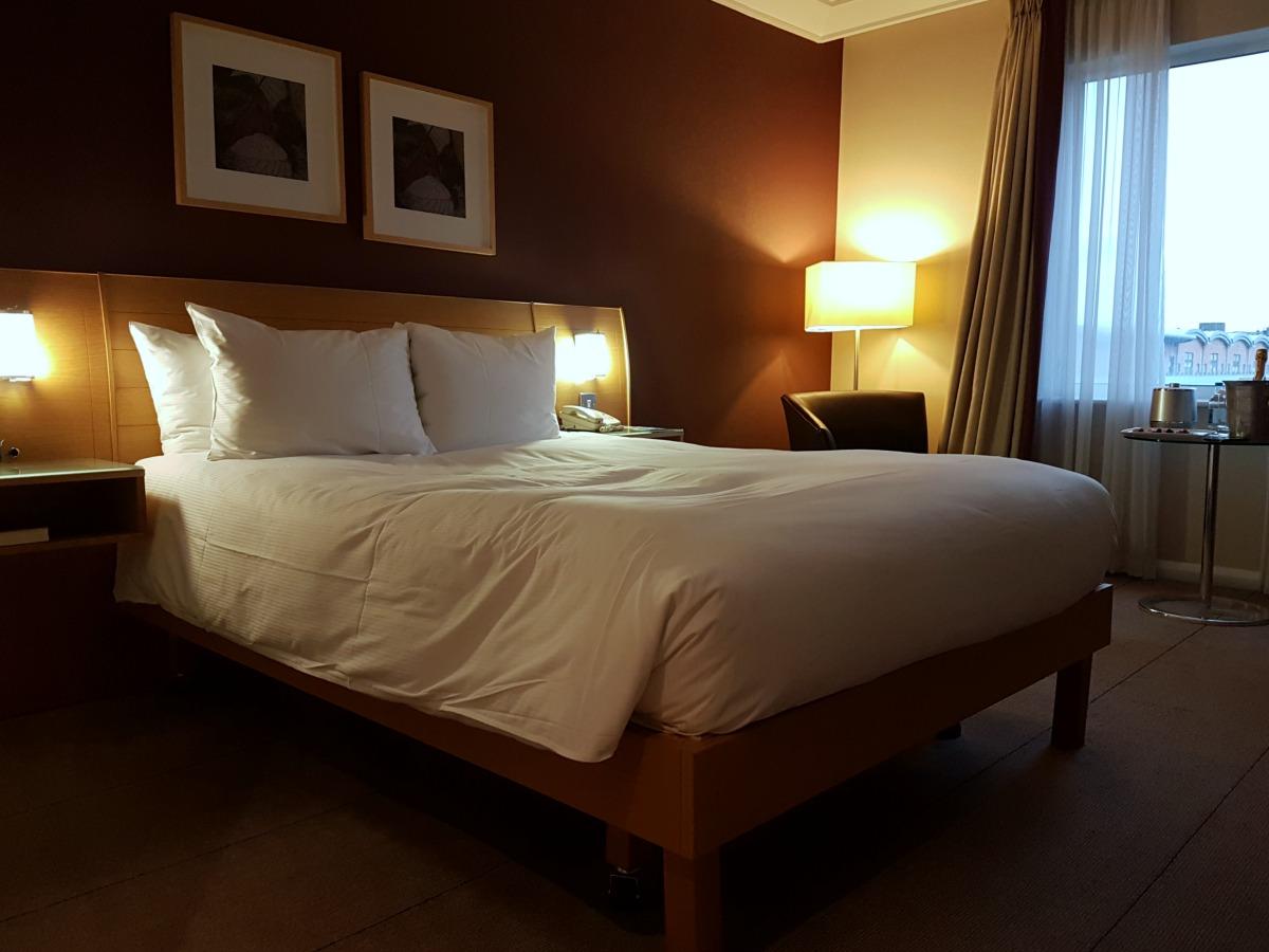 hilton-newcastle-gateshead-hotel-queen-executive-accessible-room