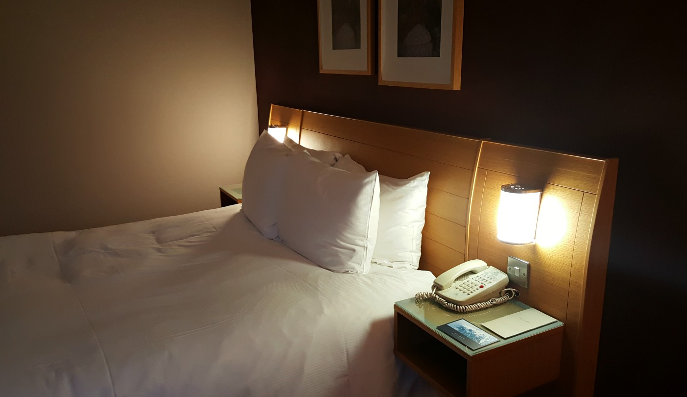 hilton-newcastle-gateshead-hotel-queen-executive-bed