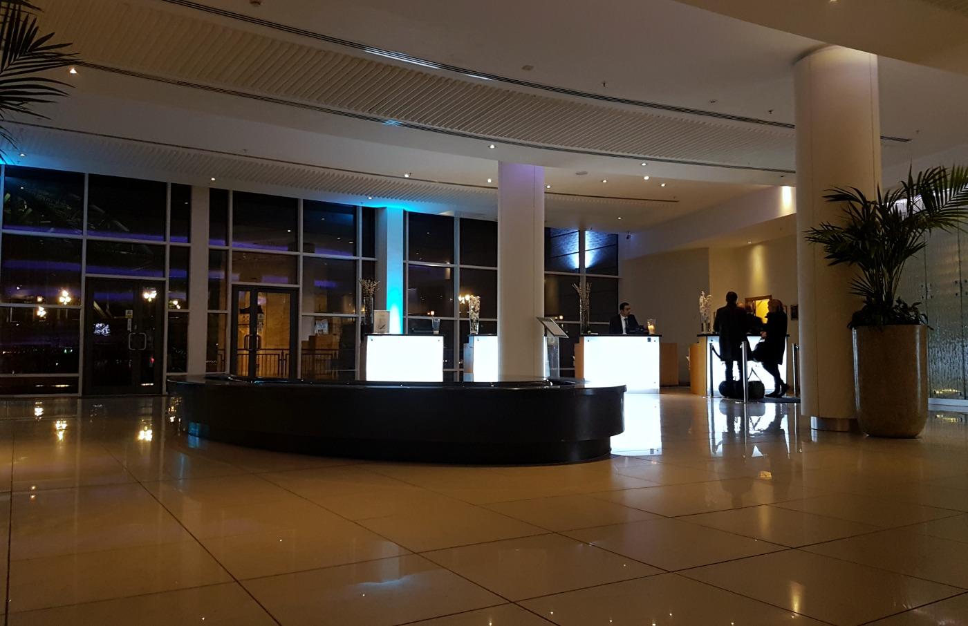 hilton-newcastle-gateshead-hotel-reception-lobby