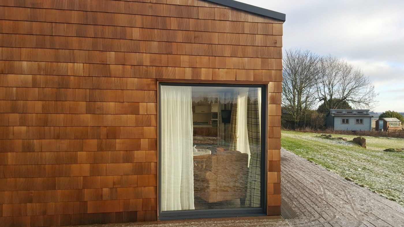 therings-decking-area