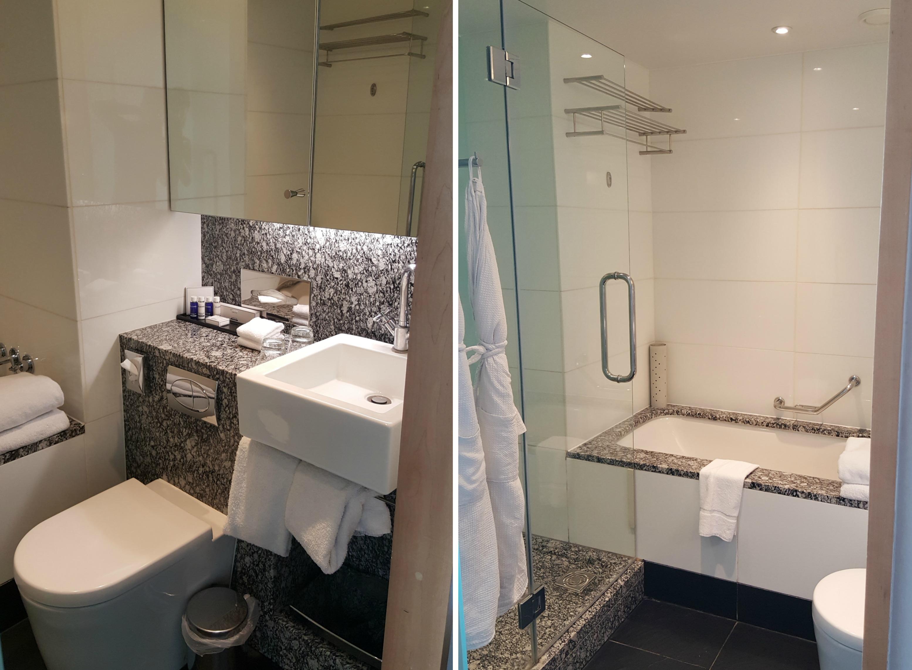 park-plaza-county-hall-junior-suite-bathroom