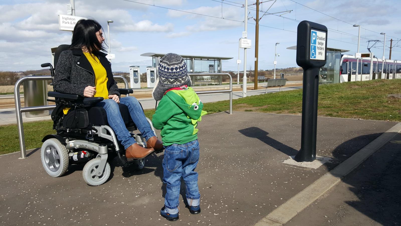 wheelchair accessible Edinburgh Trams
