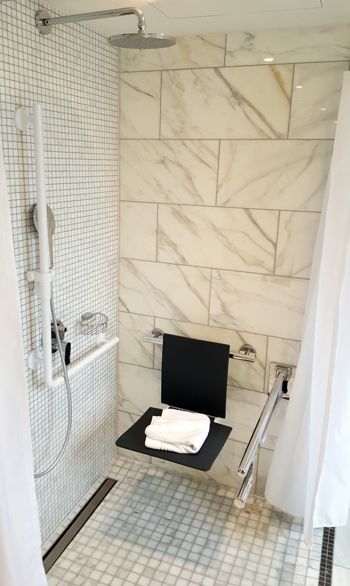 Hilton Paris Opera - Wheelchair Access Review - suite - roll-in shower