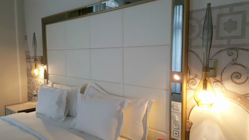 Hilton Paris Opera - suite bedroom king bed Wheelchair Accessible Review