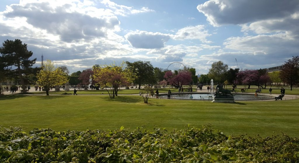 wheelchair accessible things to do in paris Tuileries Garden