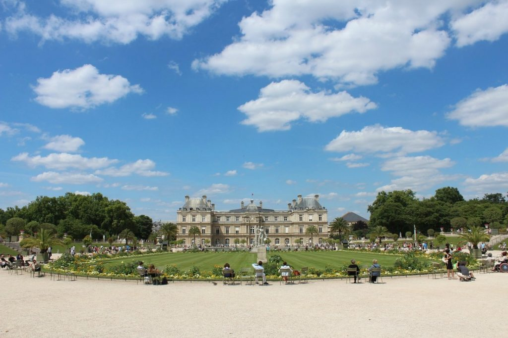 wheelchair accessible things to do in paris luxembourg-palace