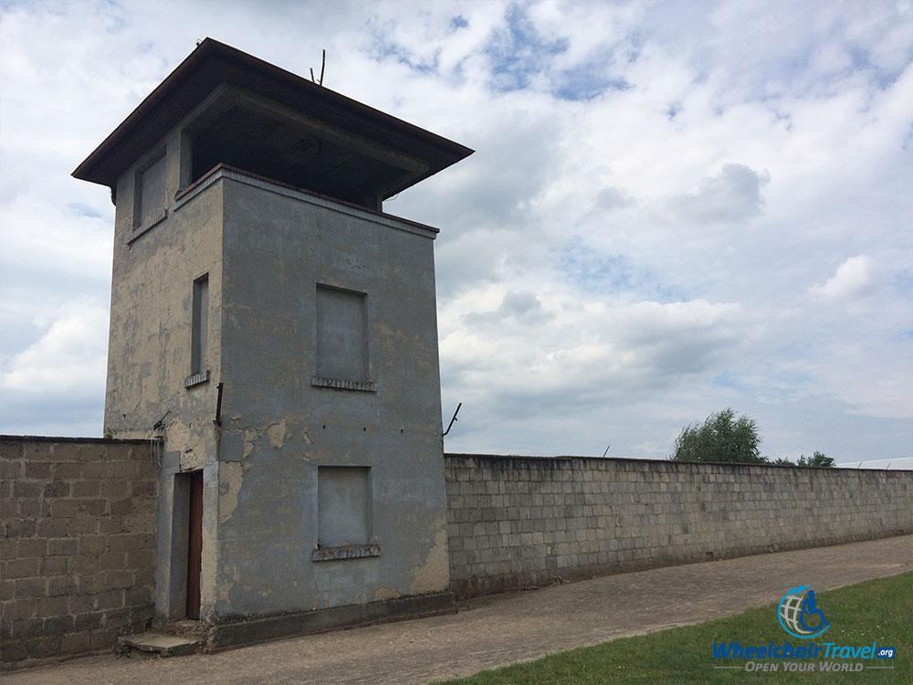 sachsenhausen-guard-tower