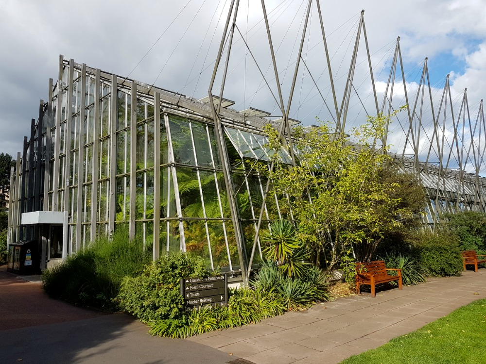 royal-botanic-garden-edinburgh-glasshouse