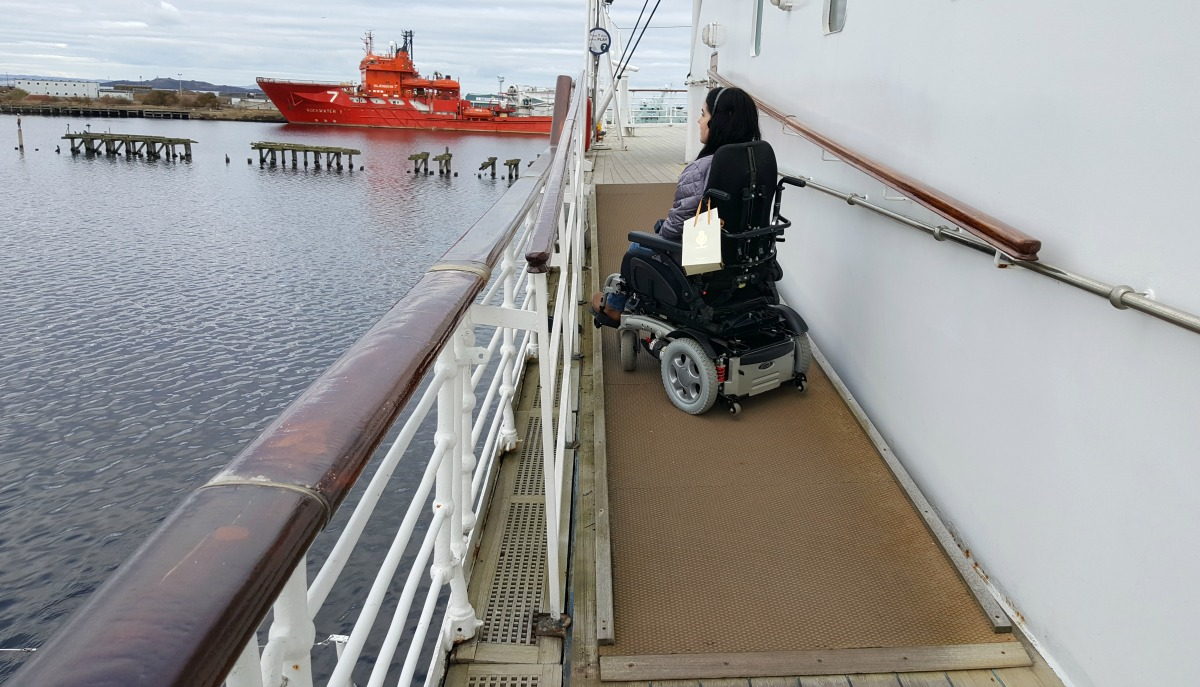 the-royal-yacht-britannia-verandah-deck-wheelchair-access