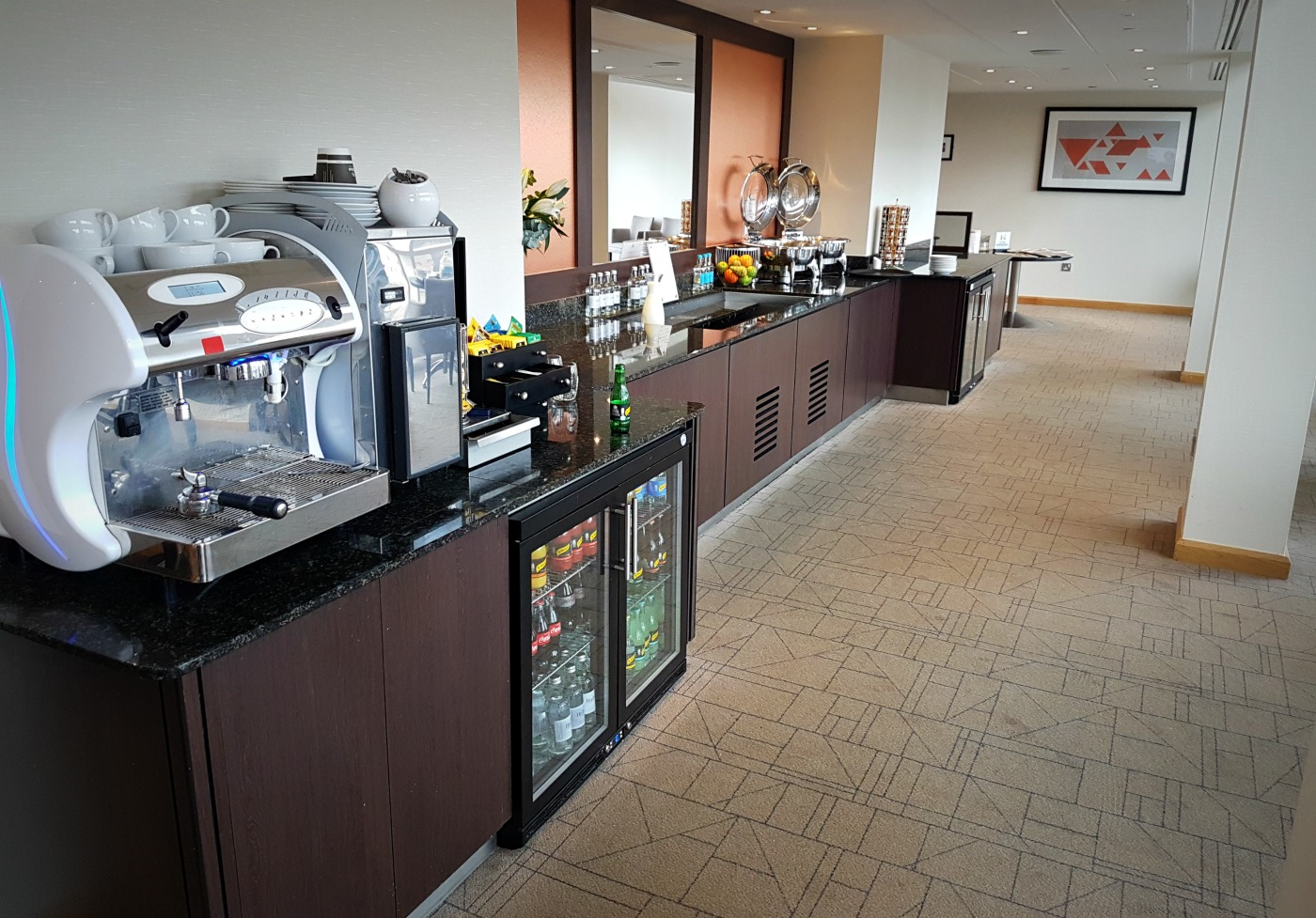 hilton-newcastle-gateshead-executive-lounge-complimentary-breakfast