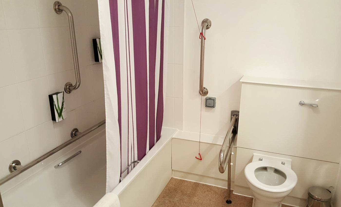 Premier Inn St. Helens South-accessible-bathroom