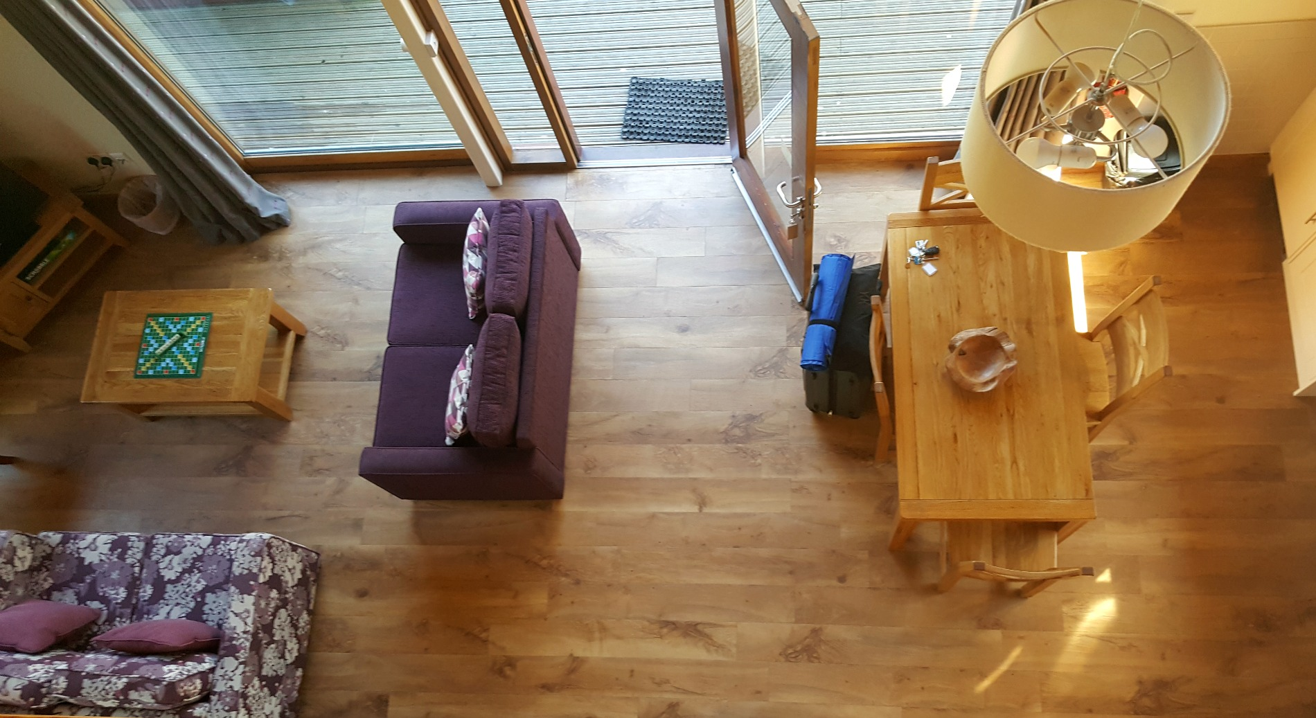 forest_holidays_strathyre_accessible_silver_birch_cabin_livingroom