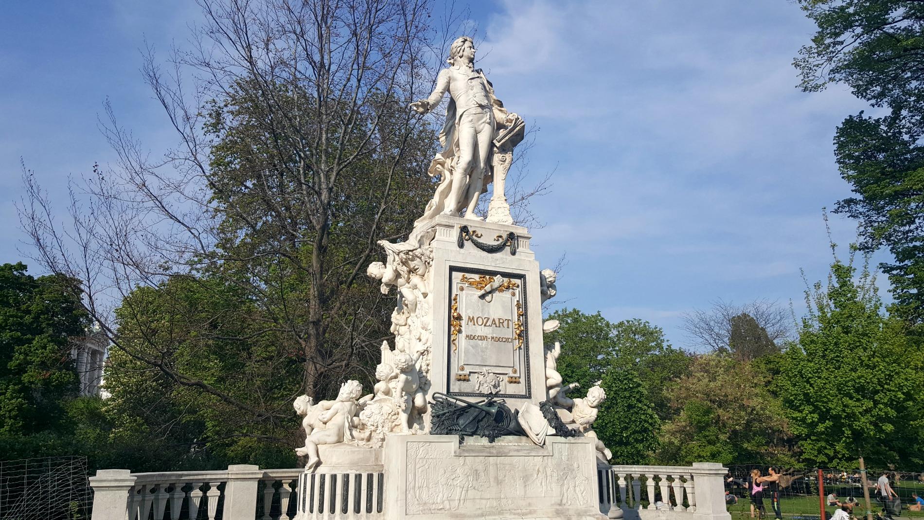 Burrgarten Park Mozart Statue Vienna