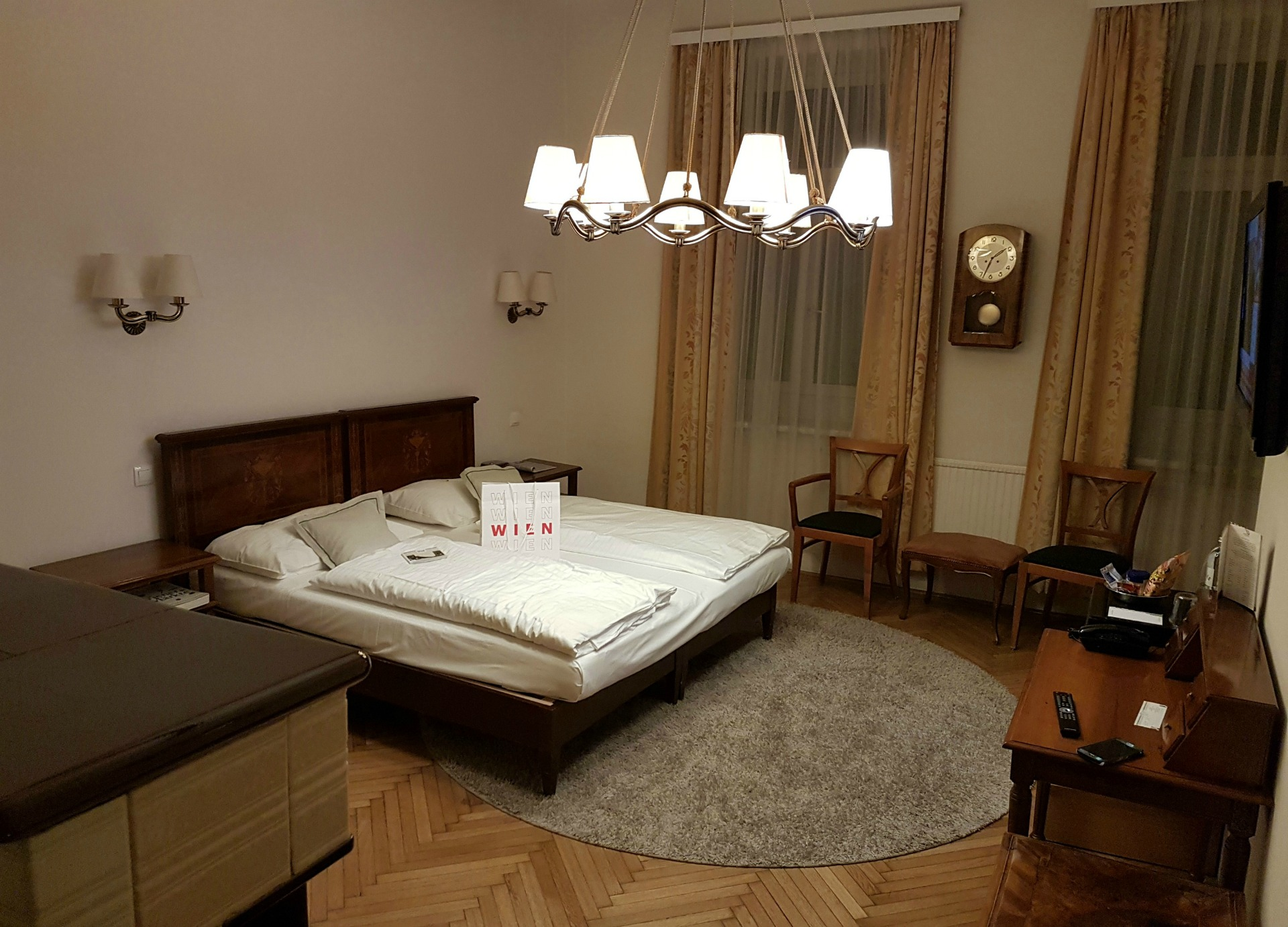 Boutique_Hotel_Donauwalzer_wheelchair_accessible_room