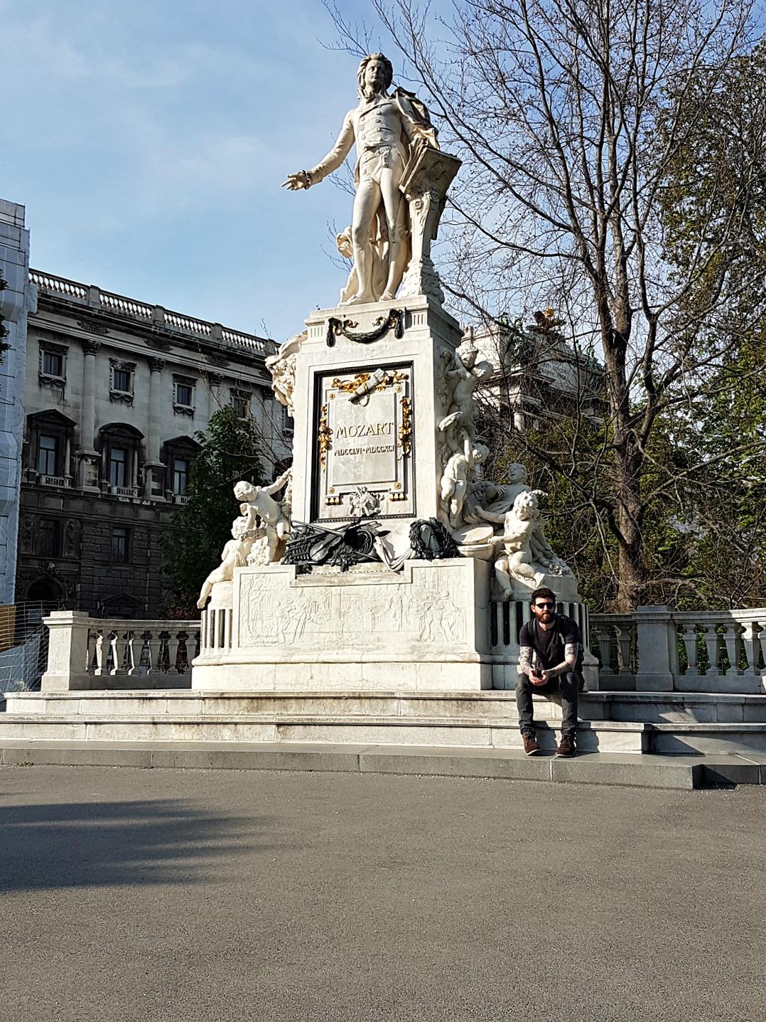 Vienna Photo Diary mozart statue