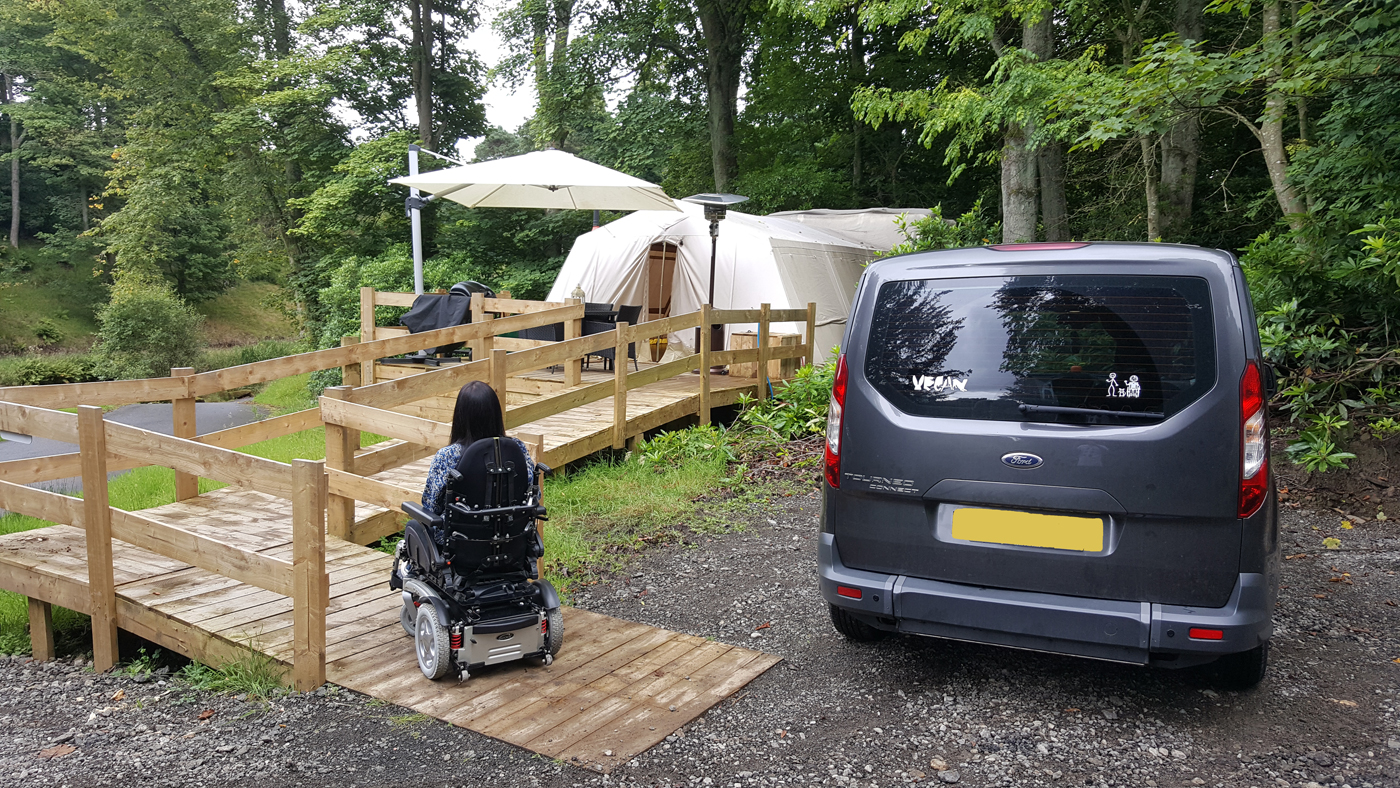 Glampotel Dundas Castle accessible tent car parking space