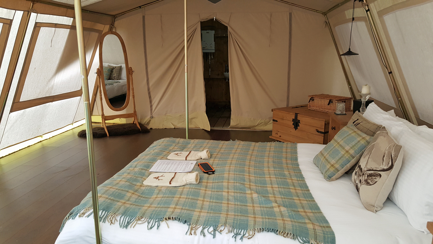 Glampotel Dundas Castle wheelchair accessible canvas cottage tent king size bed