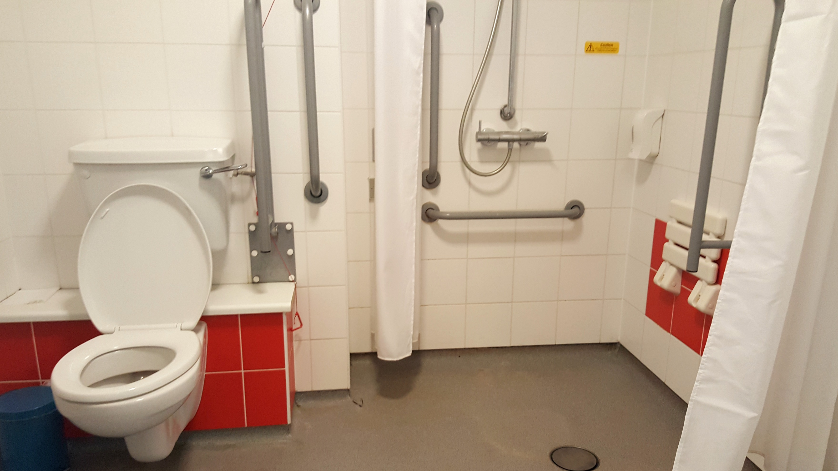 Travelodge Waterloo London accessible bathroom roll in shower