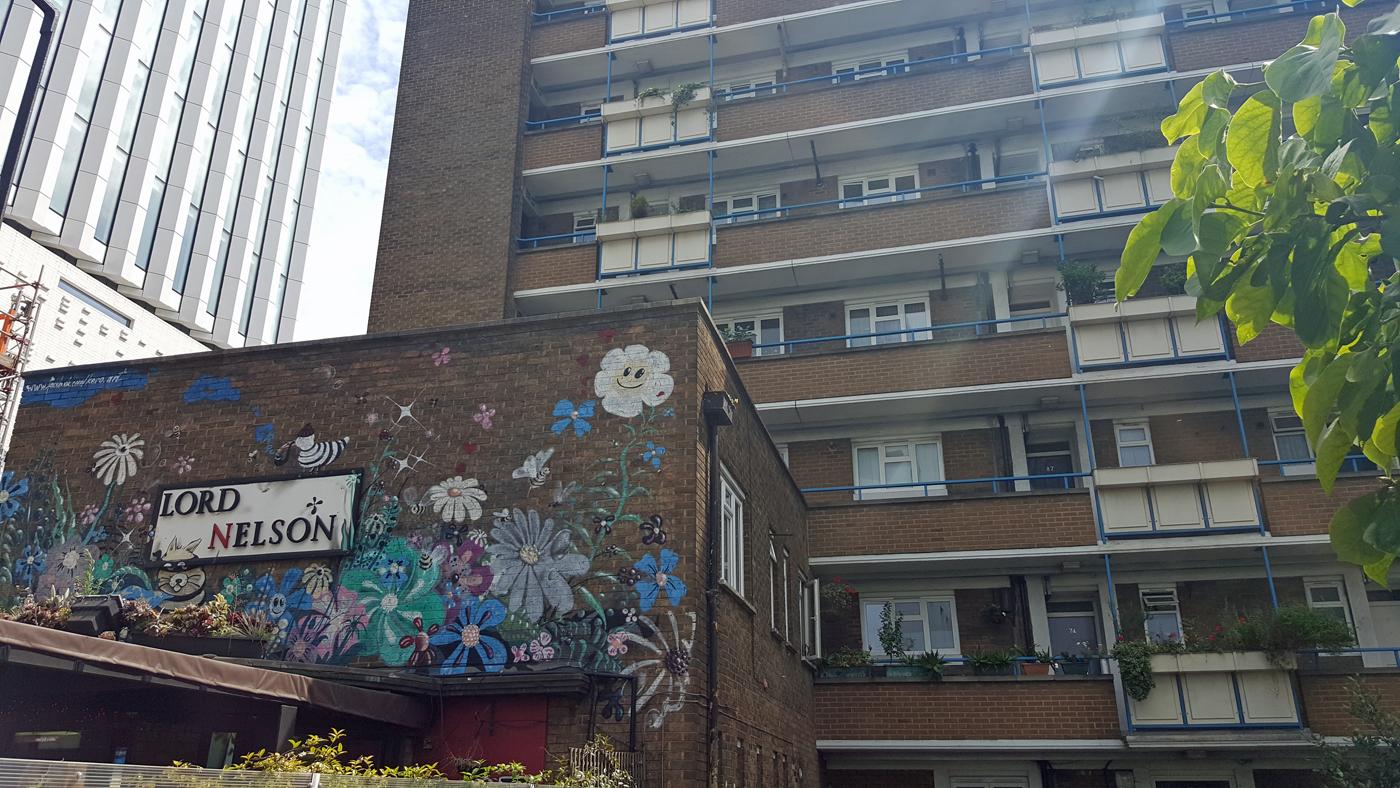 london-photo-diary-lord-nelson-graffiti