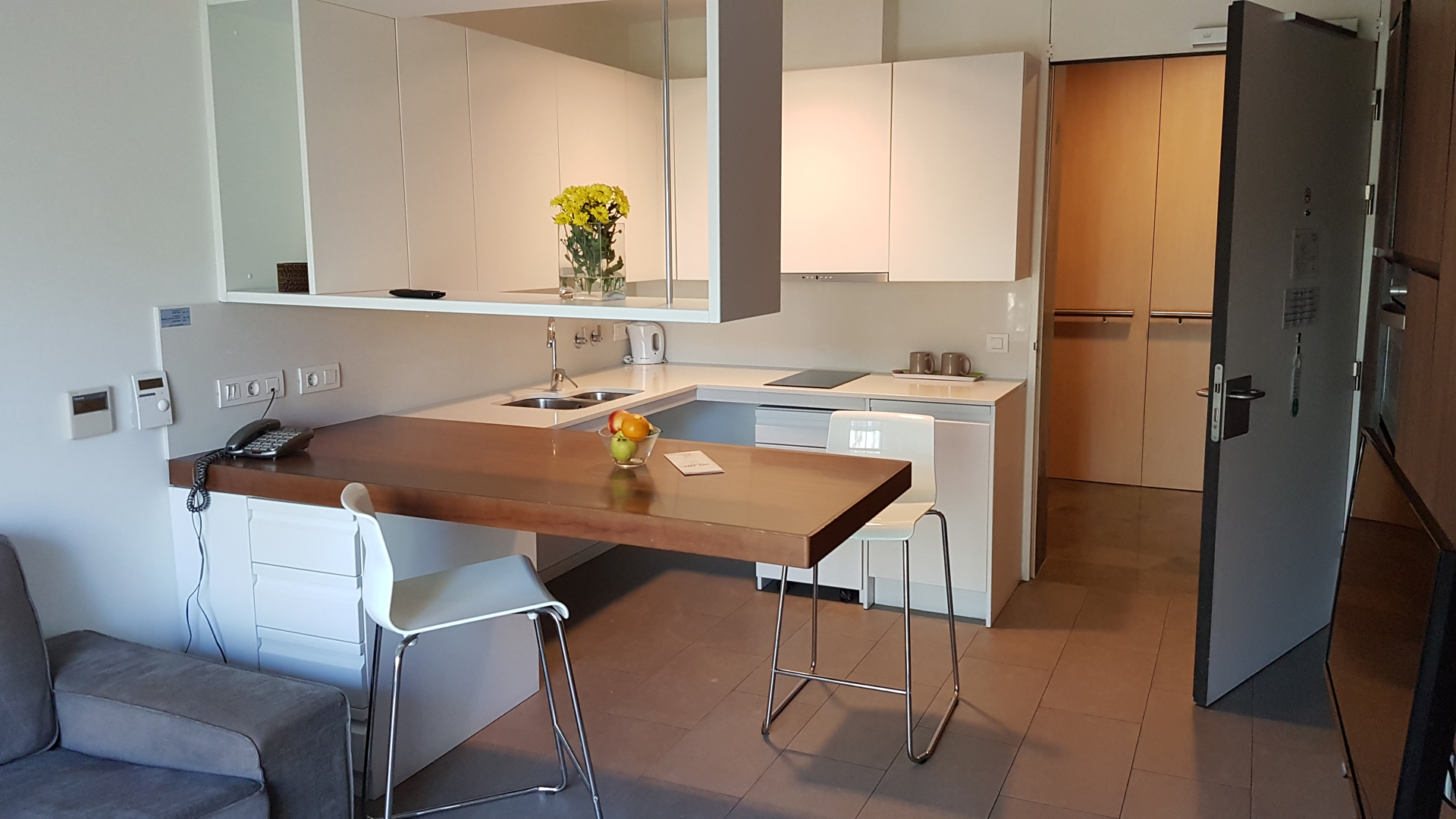 mics-sant-jordi-apartment-kitchen-living-area