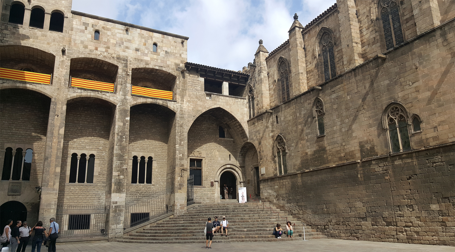 Accessible City Guide To Barcelona gothic quarter walking tour