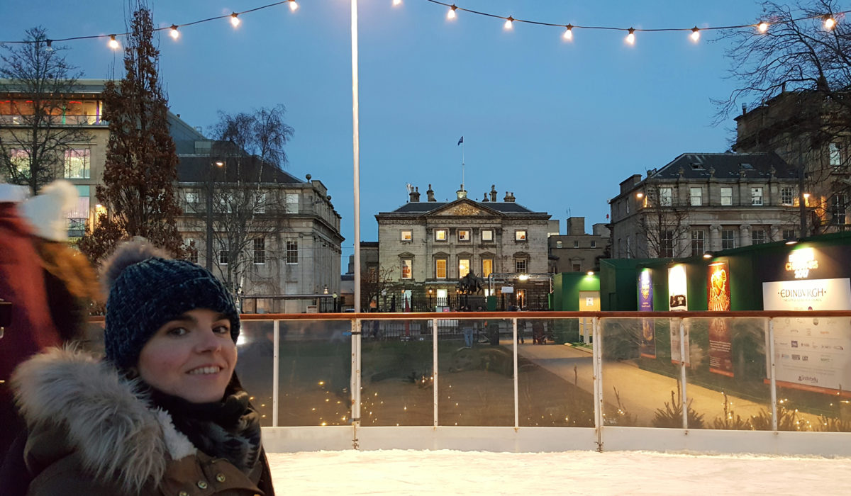 Top Tips For Visiting Edinburgh's Christmas Markets In A Wheelchair