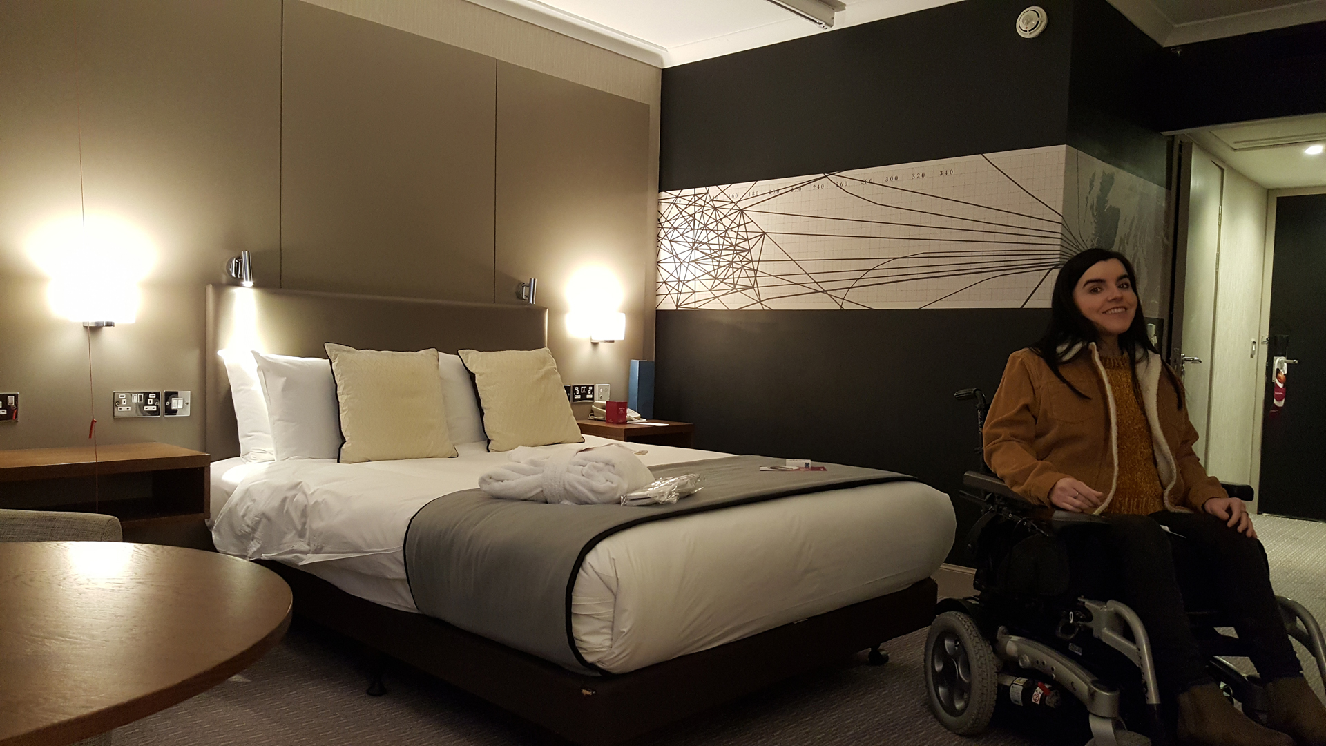 Crowne Plaza Glasgow Double Bed Wheelchair Accessible Room