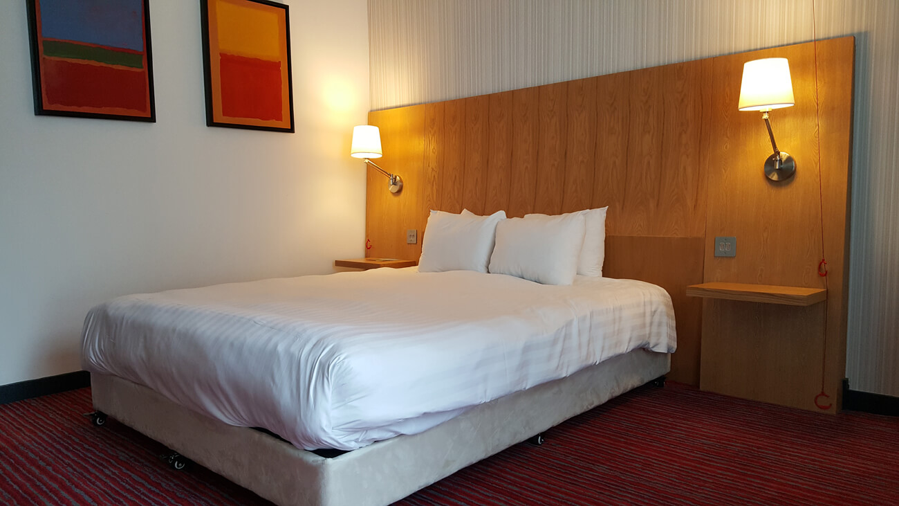 Double bed in the accessible room at Park Inn by Radisson Aberdeen