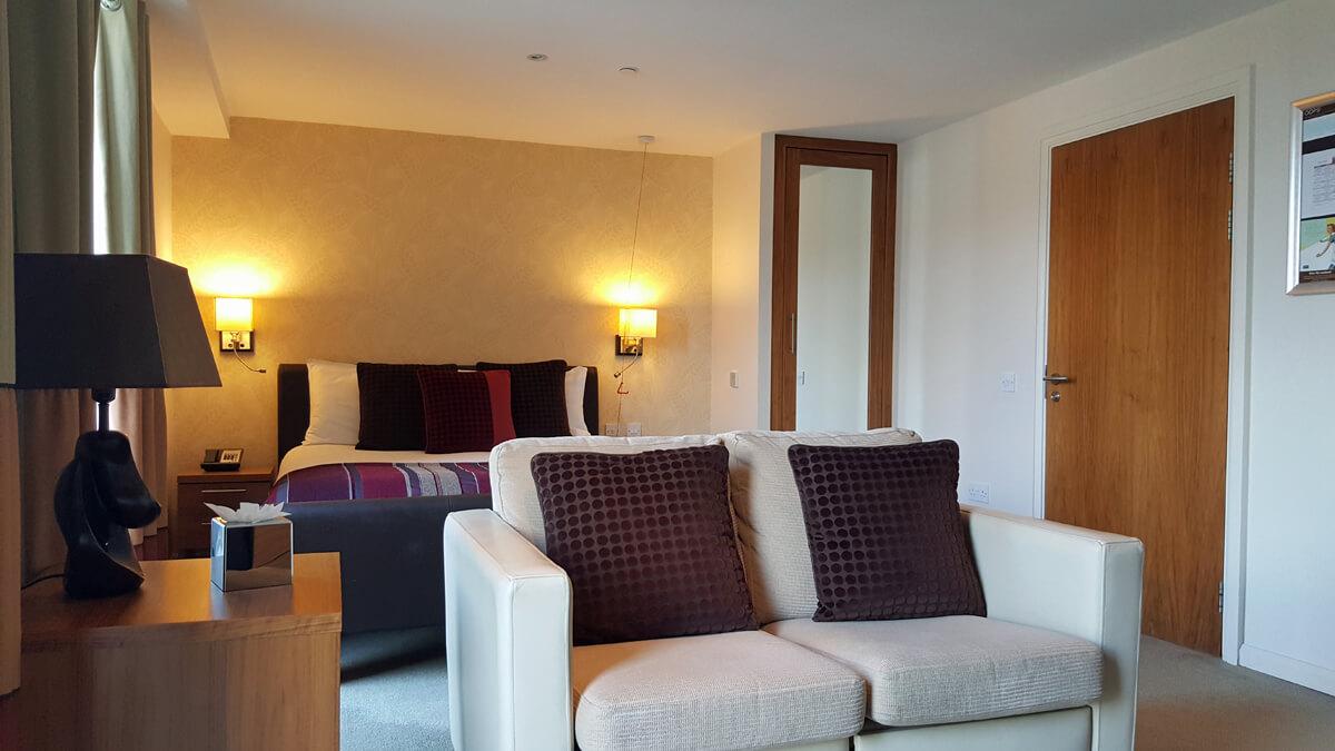 Staybridge Suites Newcastle Wheelchair Access Review U2013 Accessible Suite  Livingroom Sofa