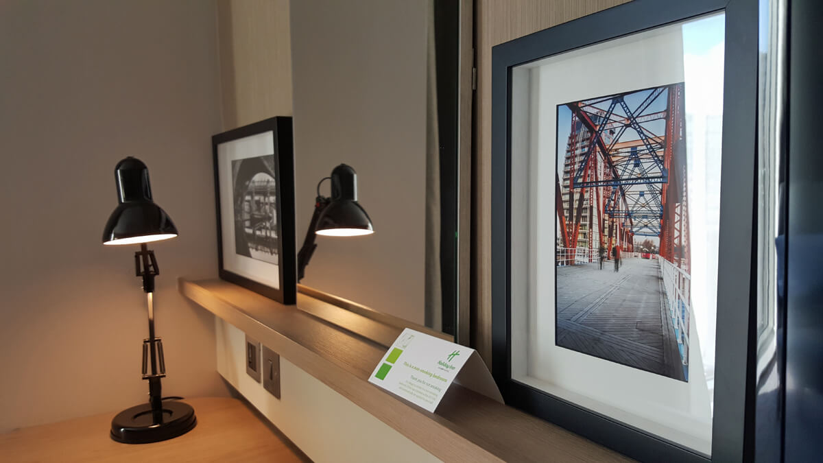 Holiday Inn Manchester City Centre Wheelchair Access Review - artwork in bedroom