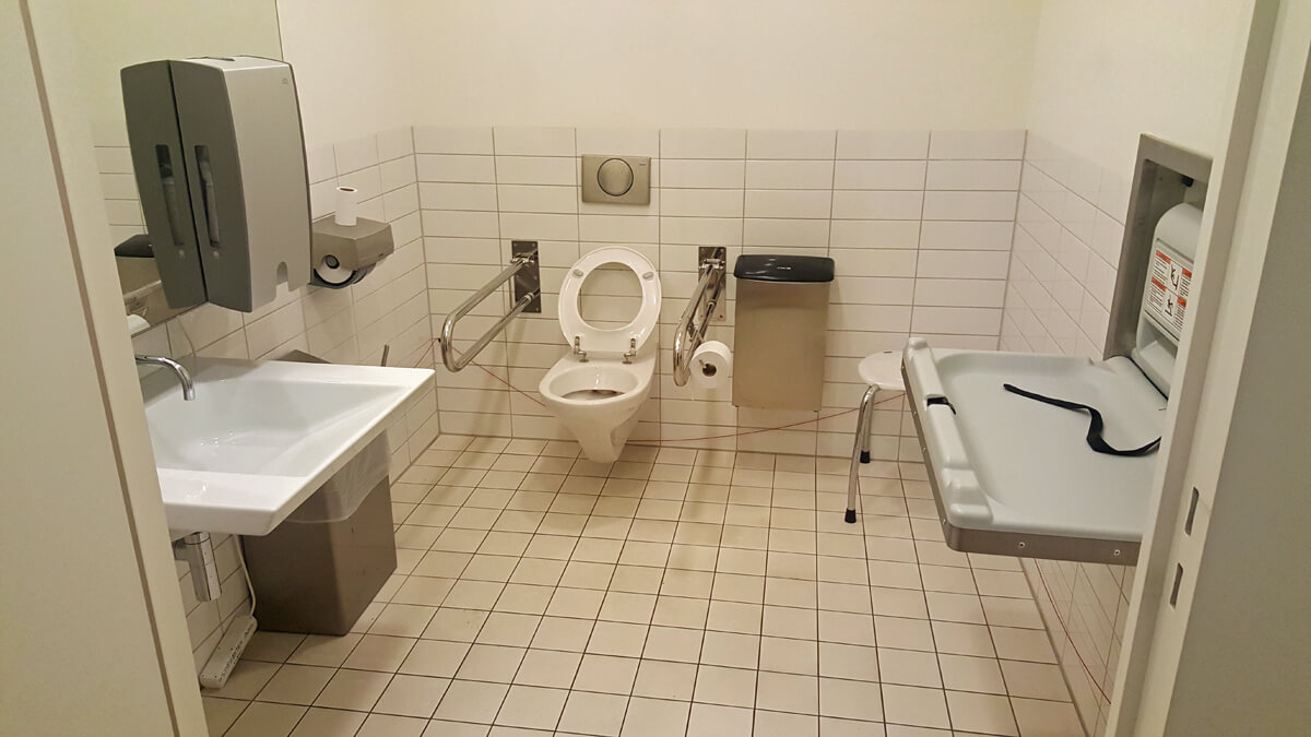 Accessible toilet in the stedelijk museum