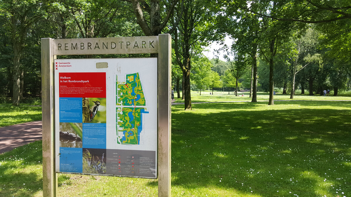 Rembrandtpark sign at the entrance to the park