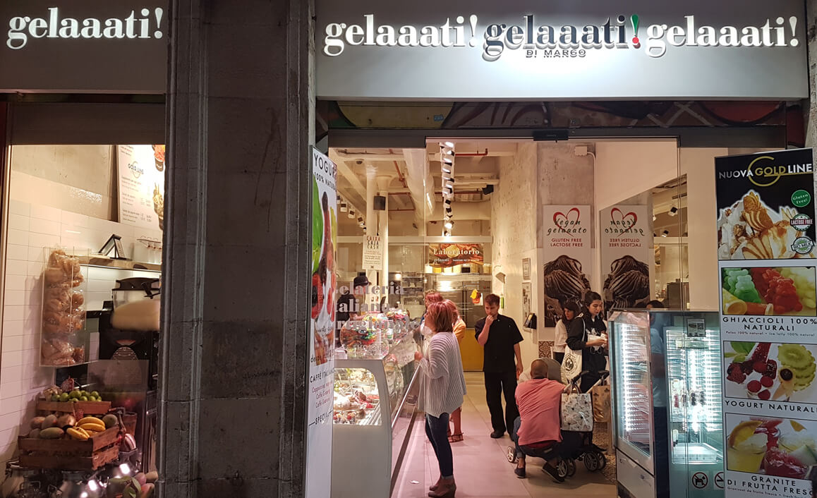 The exterior shop front to Gelaaati Di Marco.