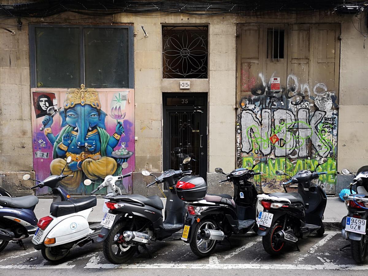 Graffiti street art Barcelona