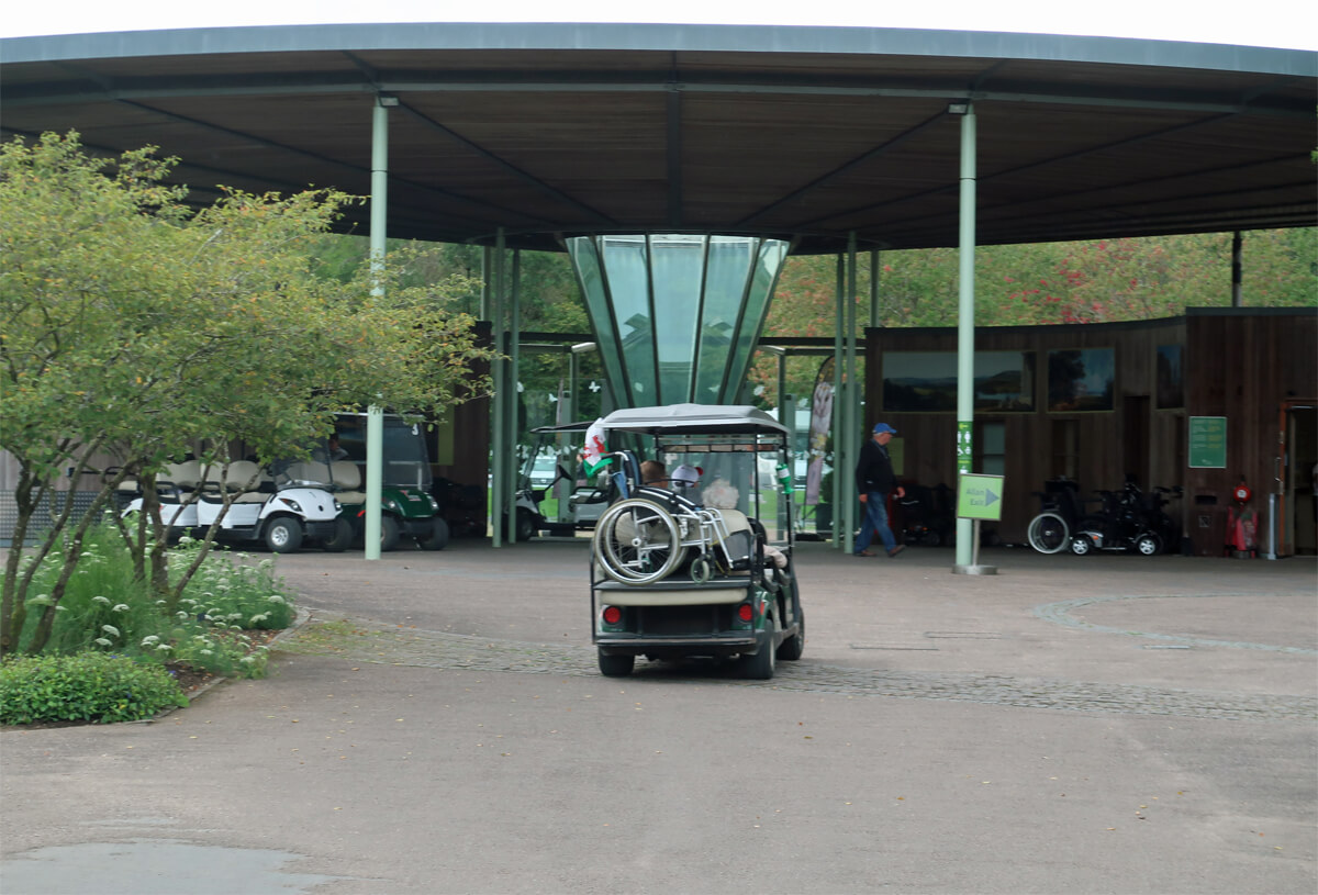 The shuttle buggy service at National Botanic Garden of Wales