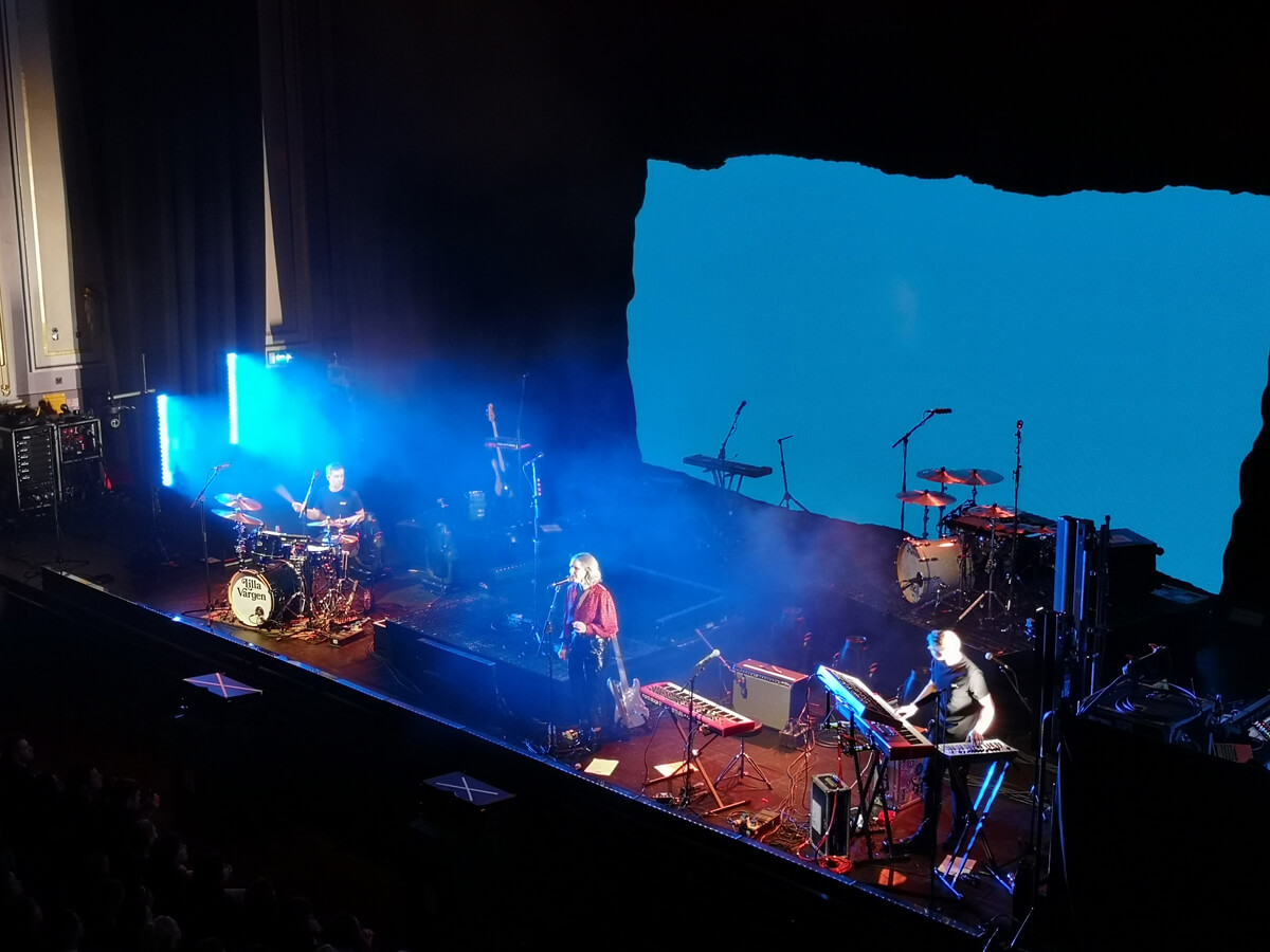 Lilla Vargen onstage at The Usher Hall in Edinburgh.
