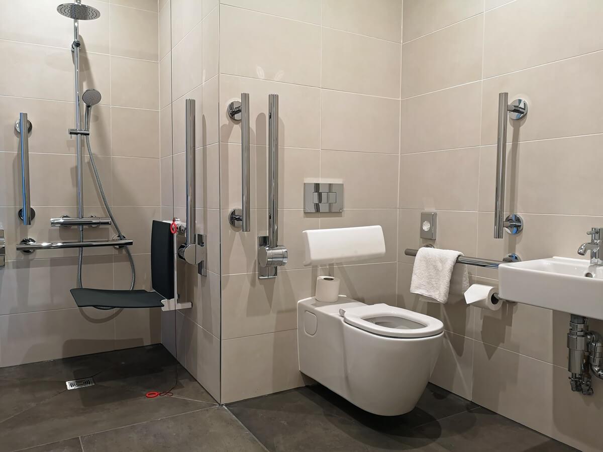 Accessible bathroom in Aloft Aberdeen TECA.