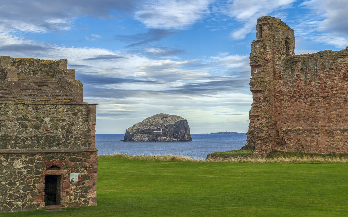 A view of Bass Rock from